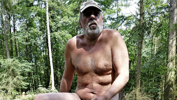 naked guy in the forest IIa - image #466265 gratis