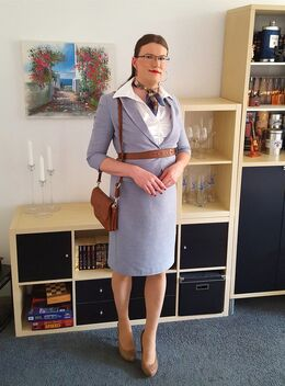 Satin blouse under skirt suit - image gratuit #470005