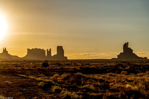 Monument Valley Morning - image #473295 gratis