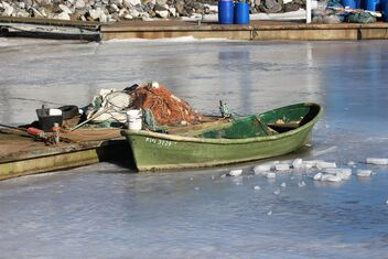 Ice and boat - image #478905 gratis